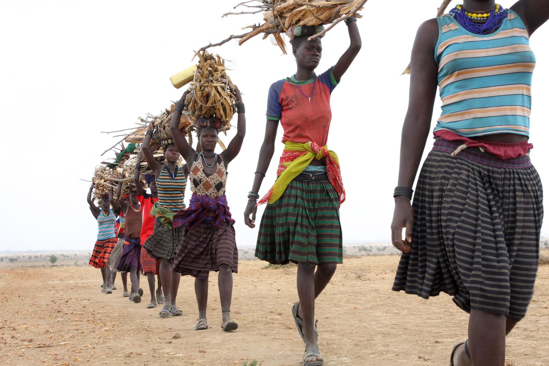 uganda firewood_credit oxfam